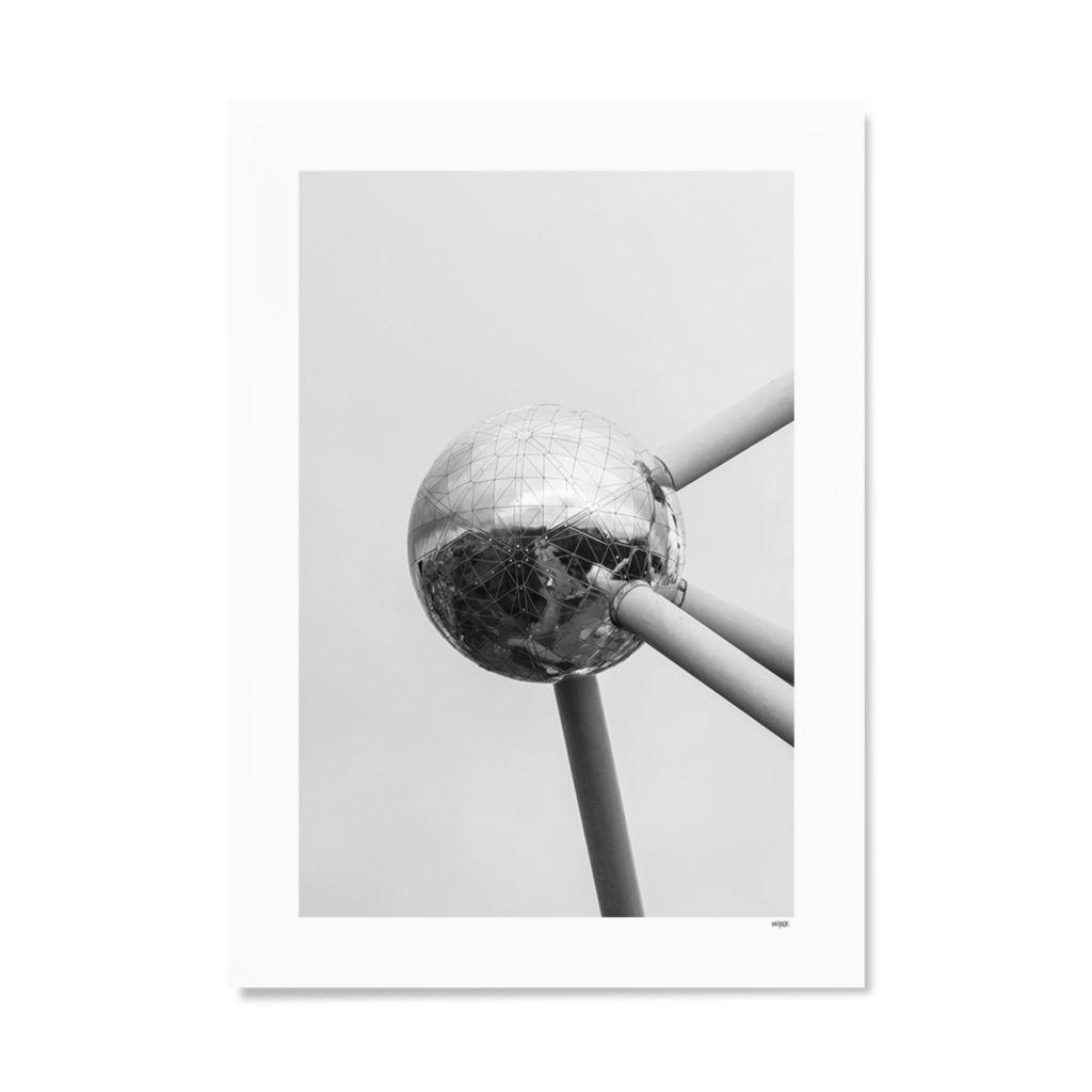 BE_Brussel_Atomium_Papier
