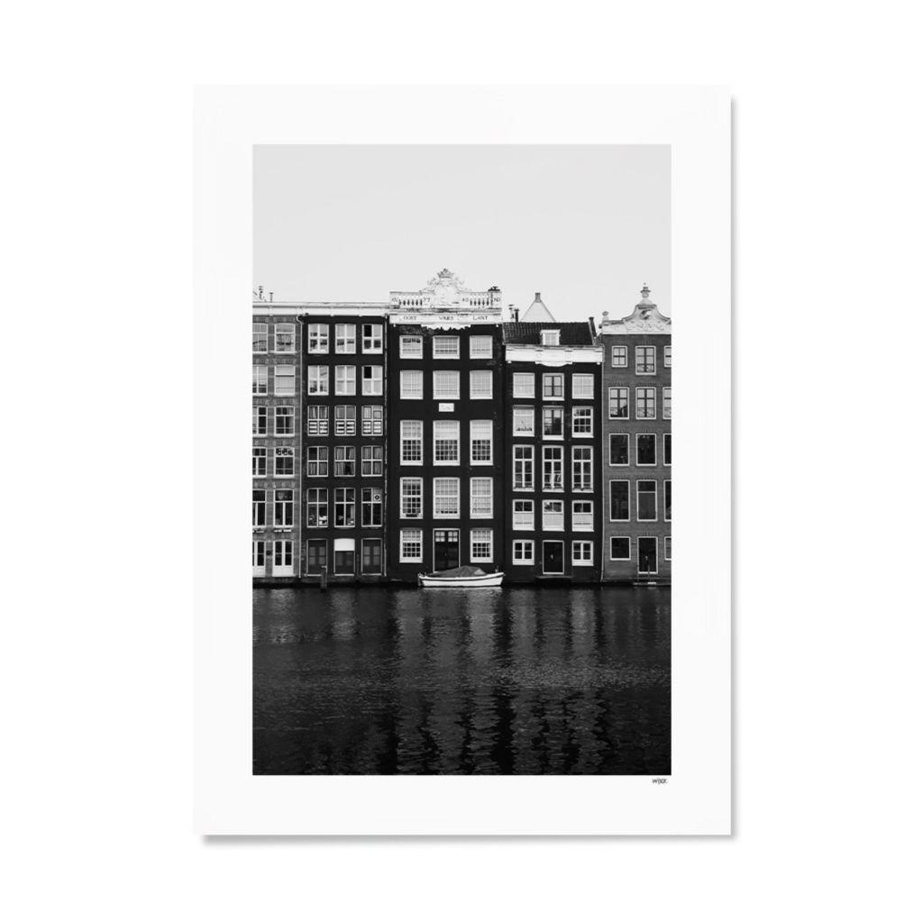 NL_Amsterdam_Damrak_Papier