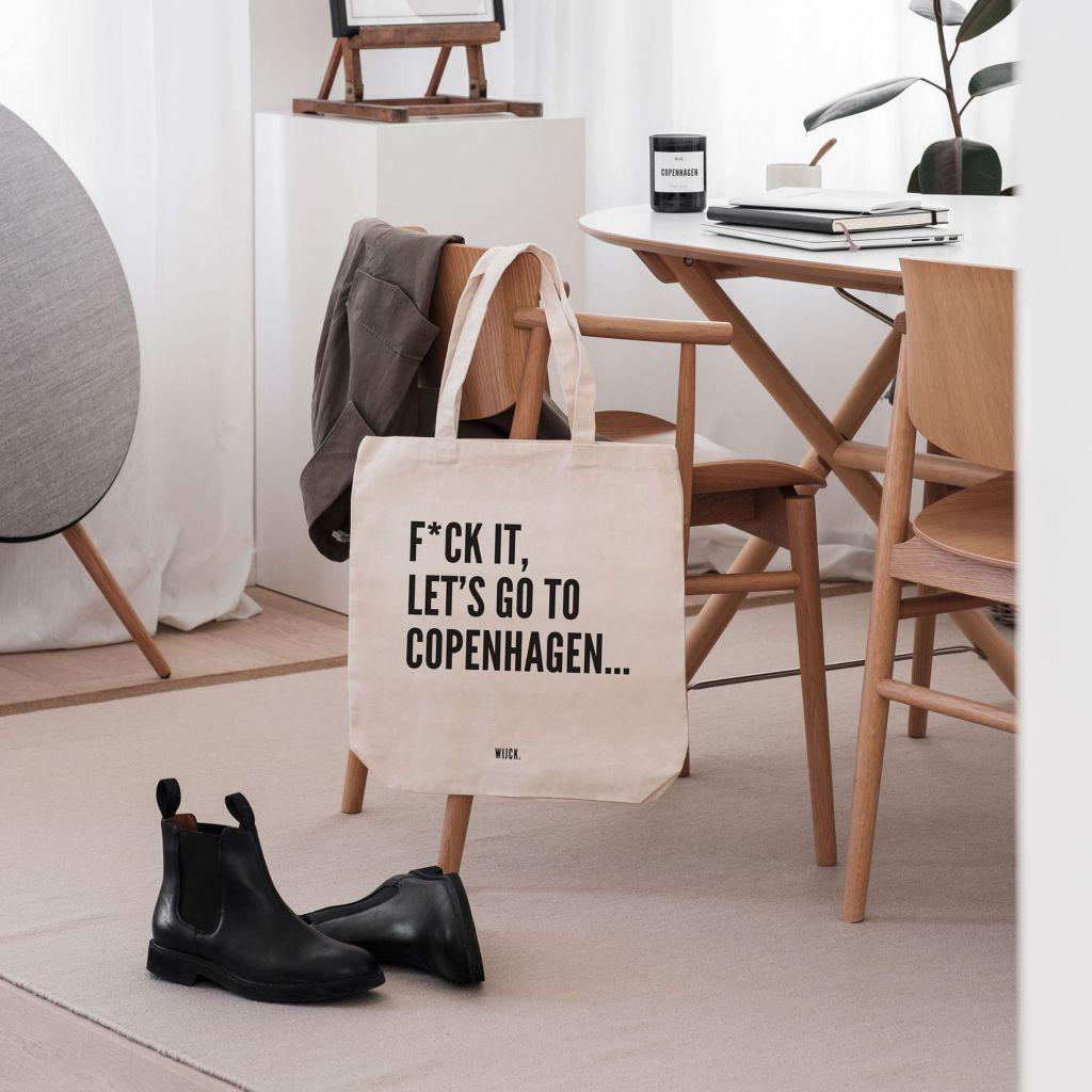 Productshot_ToteBag_Copenhagen_s_lifestyle