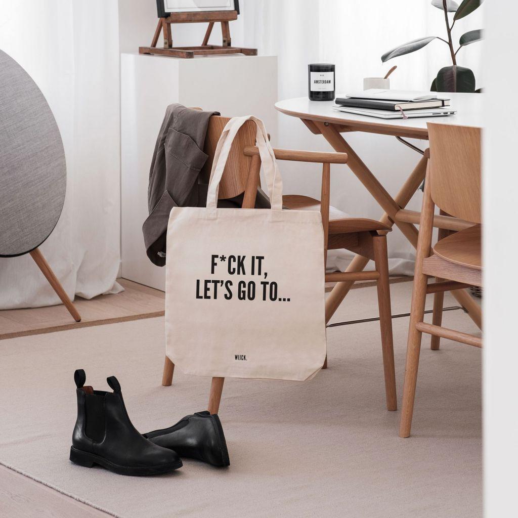 Productshot_ToteBag_FckIt_s_lifestyle