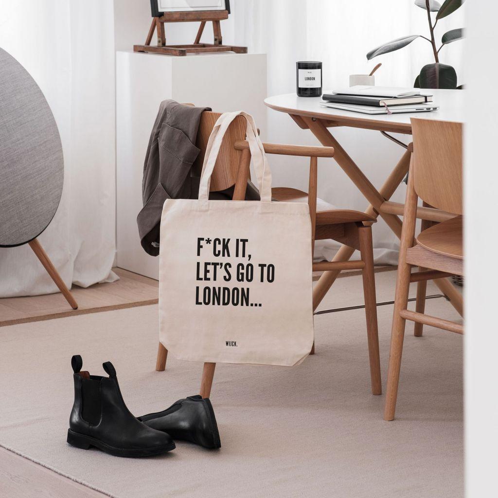 Productshot_ToteBag_London_s_lifestyle